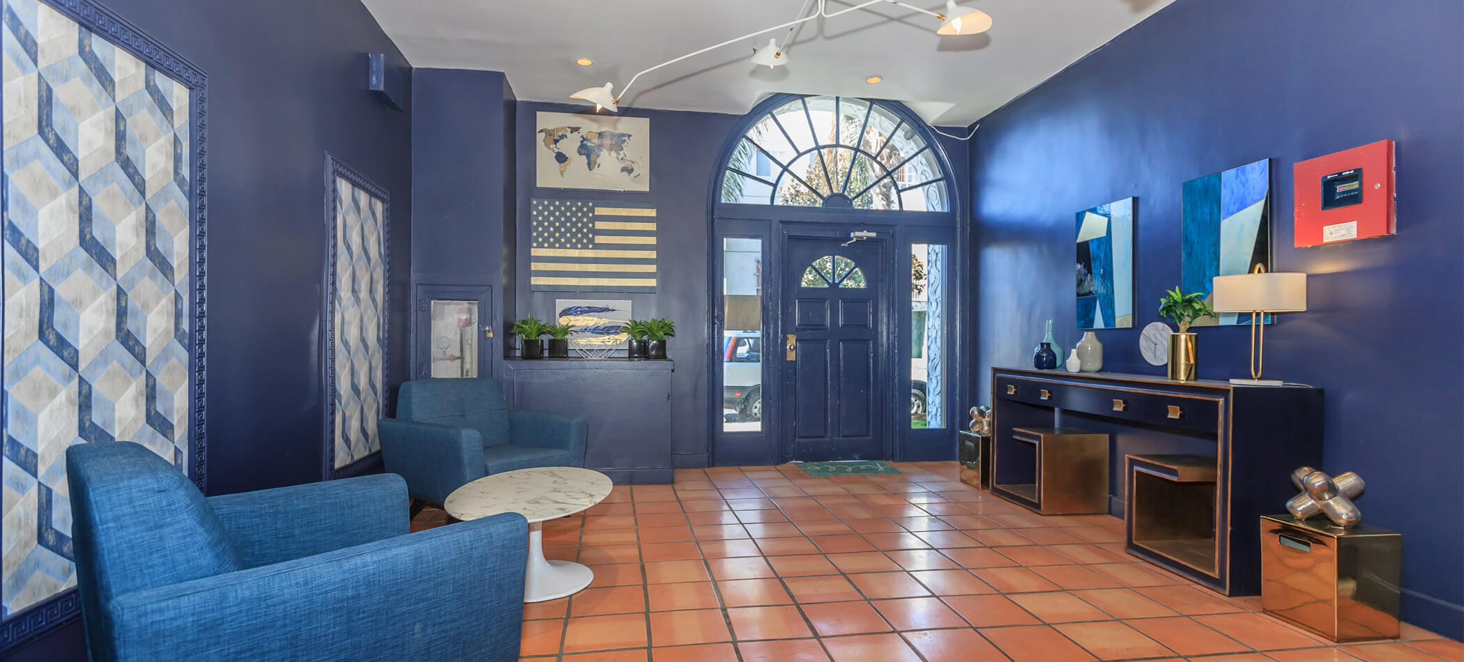 KTown Apartments on Catalina slideshow image